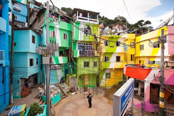 Favela painting 1