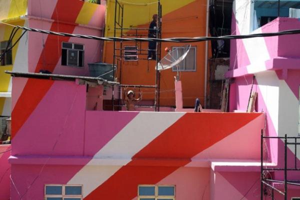 Favela painting 2