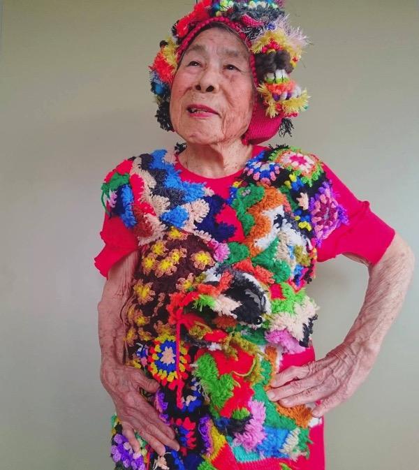 93 year old grandma model instagram saori 1000weave chinami mori 14