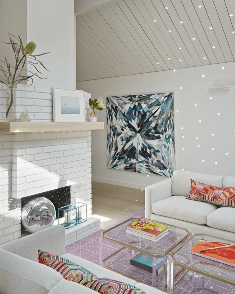 How to Lighten Up Your Home for Winter on The Aesthetics of Joy. 8 strategies to maximize light and beat winter blues. Image by Alison Damonte.